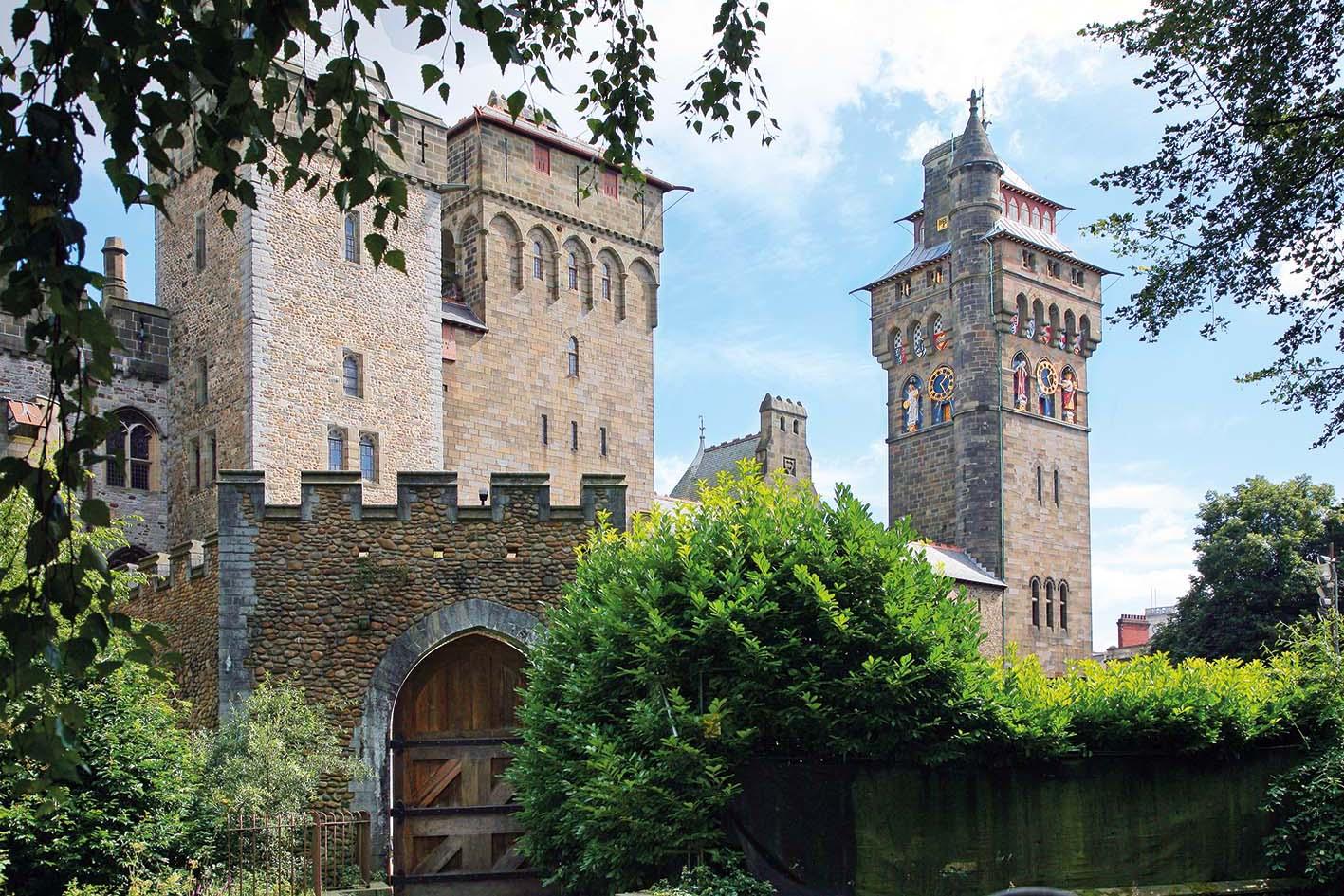 Carmarthen & Londra<br>University of Wales