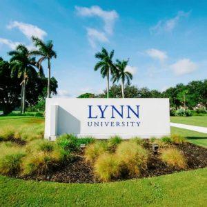 Lynn University insegna